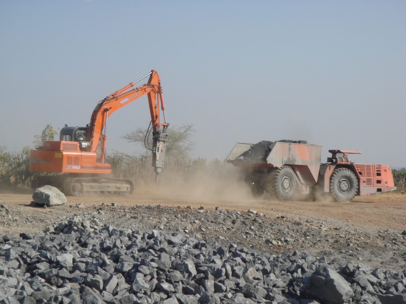 BREAKING OF GALENA BOULDERS AT HZL SK MINES DARIBA